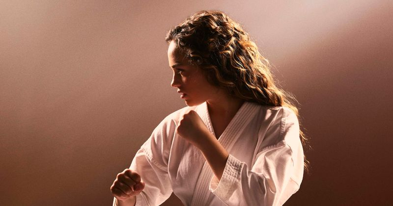 Cobra Kai's Mary Mouser who has type 1 diabetes finds it hard to maintain sugar level on set