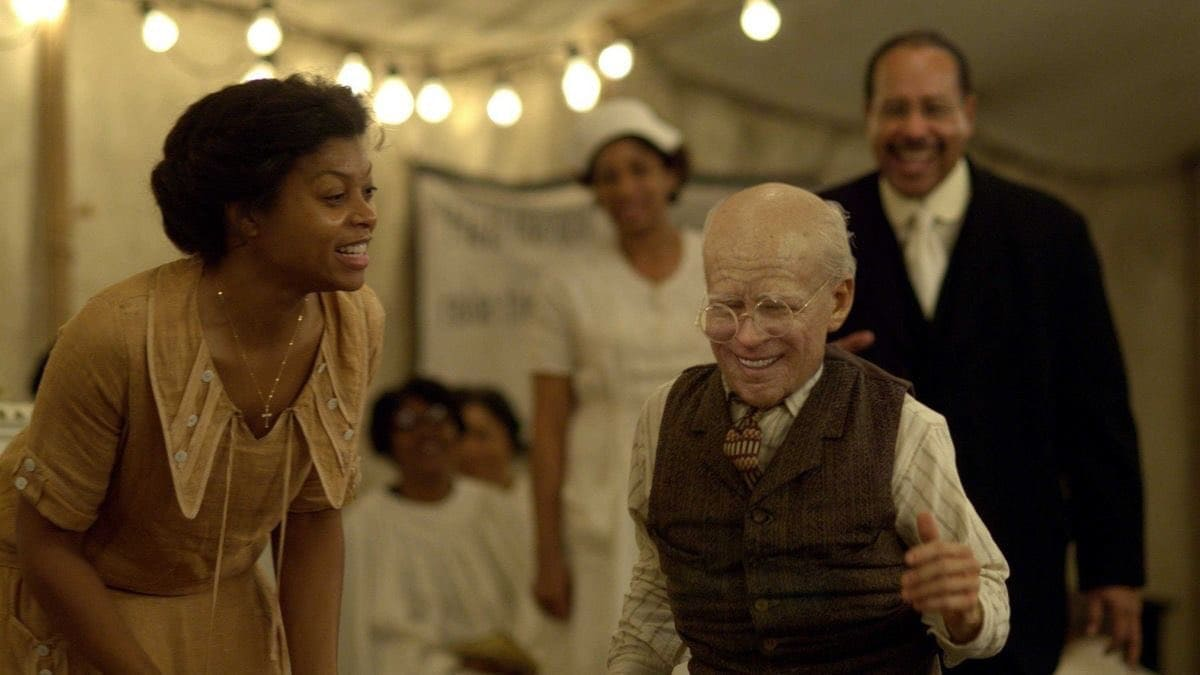 Taraji P Henson as Queenie in 'The Curious Case of Benjamin Button' (Twitter)