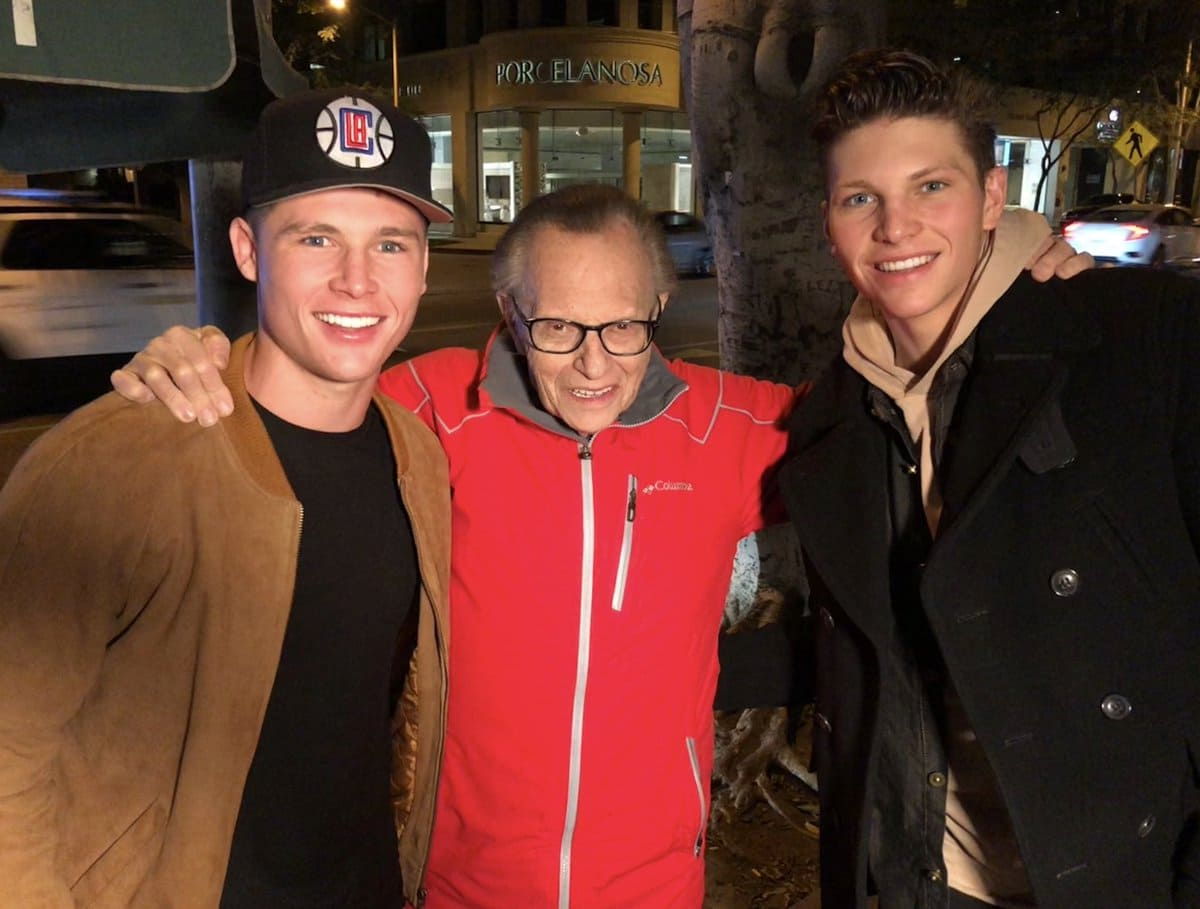 Larry King and his sons, Cannon and Chance (Twitter)