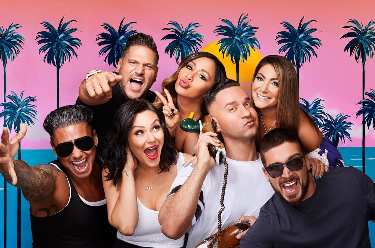 Pauly D is the tannest of the 'Jersey Shore Family Vacation' cast. (Twitter)