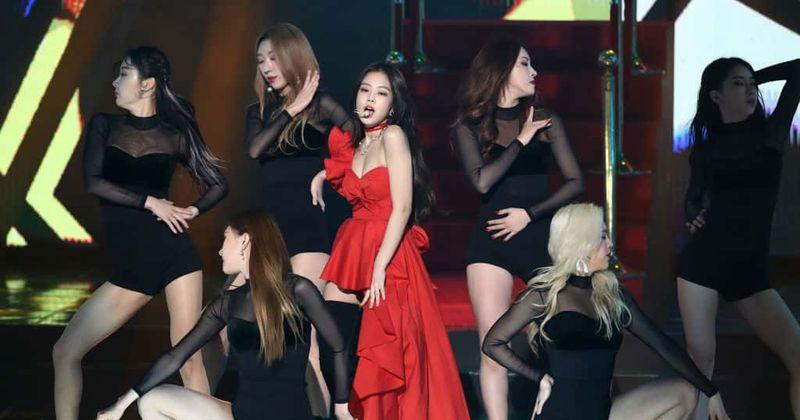 BLACKPINK fans in Philippines notice singer Jennie unwell amid