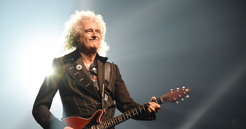 Queen Guitarist Brian May Upset Over Passport Official Mocking Him For His Gray Hair At Airport Meaww
