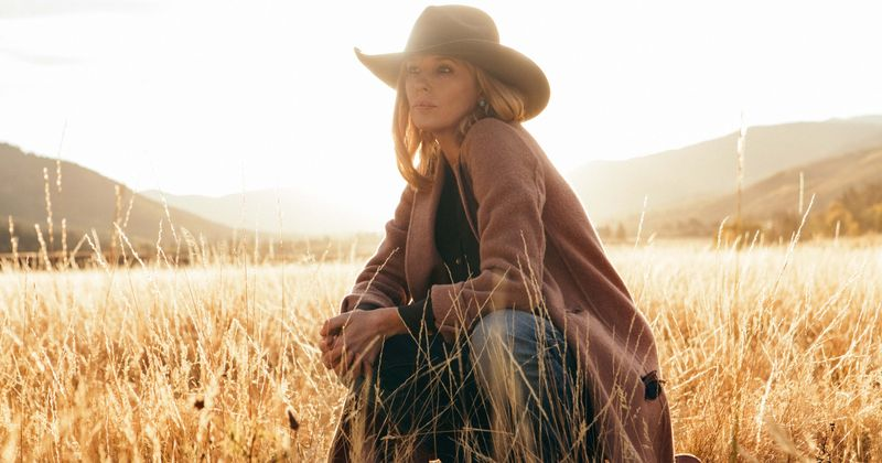 Yellowstone' season 2: John Dutton's daughter Beth is