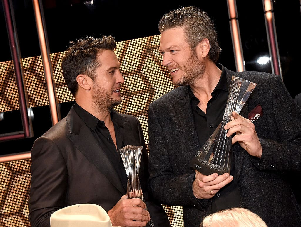 Honorees Luke Bryan and Blake Shelton attend the 2015 'CMT Artists of the Year' at Schermerhorn Symphony Center on December 2, 2015 in Nashville, Tennessee. (Photo by Rick Diamond/Getty Images for CMT)