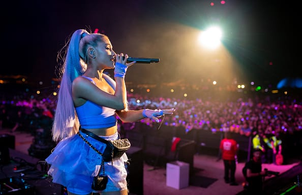 Ariana Grande rocks a fanny pack (Getty Images)