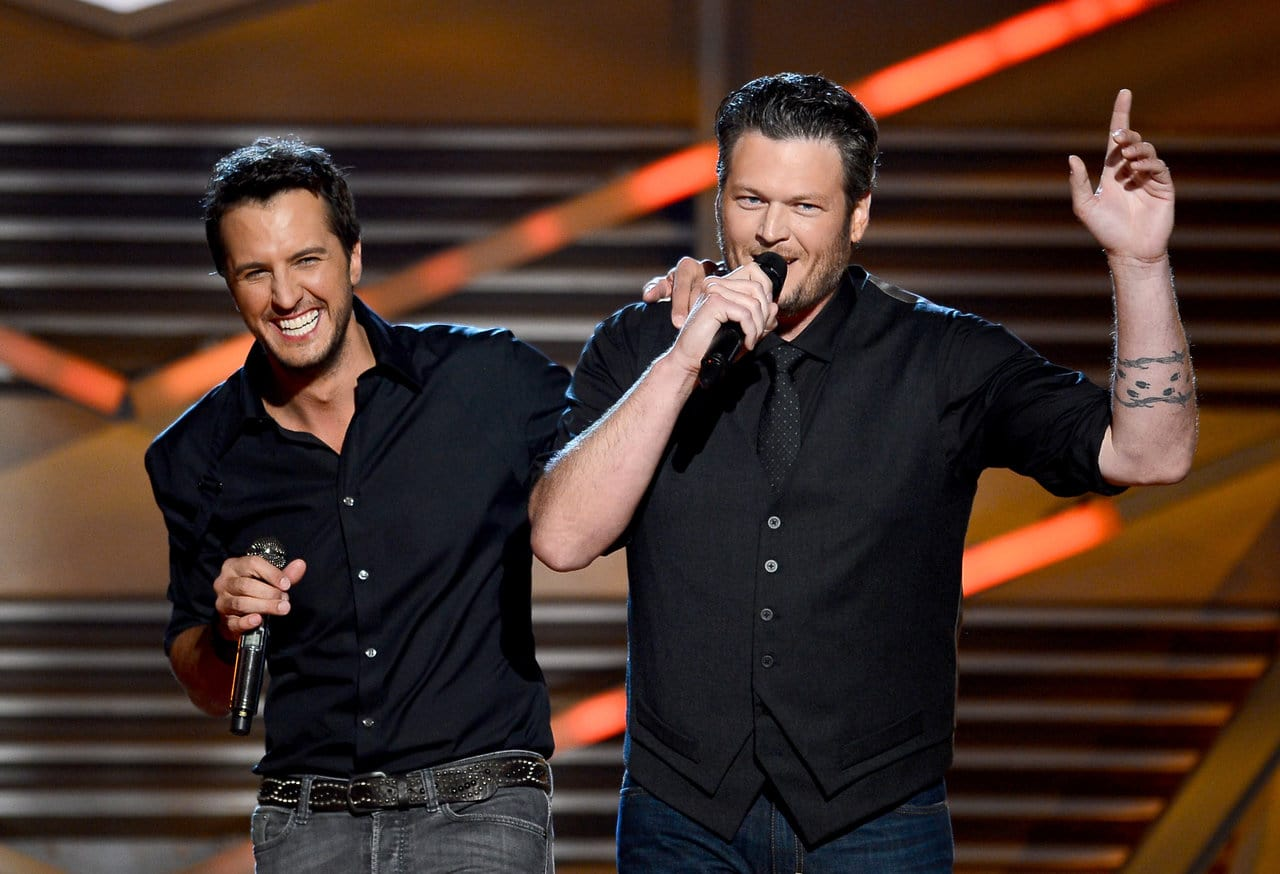 Hosts Luke Bryan (L) and Blake Shelton speak onstage during the 48th Annual Academy of Country Music Awards at the MGM Grand Garden Arena on April 7, 2013 in Las Vegas, Nevada. (Photo by Ethan Miller/Getty Images)