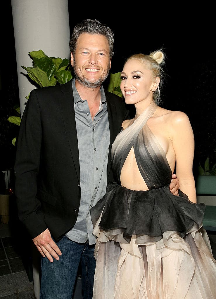 Recording artists Blake Shelton (L) and Gwen Stefani attend Glamour Women of the Year 2016 Dinner at Paley on November 14, 2016 in Hollywood, California. (Photo by Rachel Murray/Getty Images for Glamour)