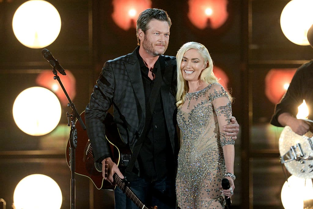 Blake Shelton (L) and Gwen Stefani perform onstage during the 2016 Billboard Music Awards at T-Mobile Arena on May 22, 2016 in Las Vegas, Nevada. (Photo by Kevin Winter/Getty Images)