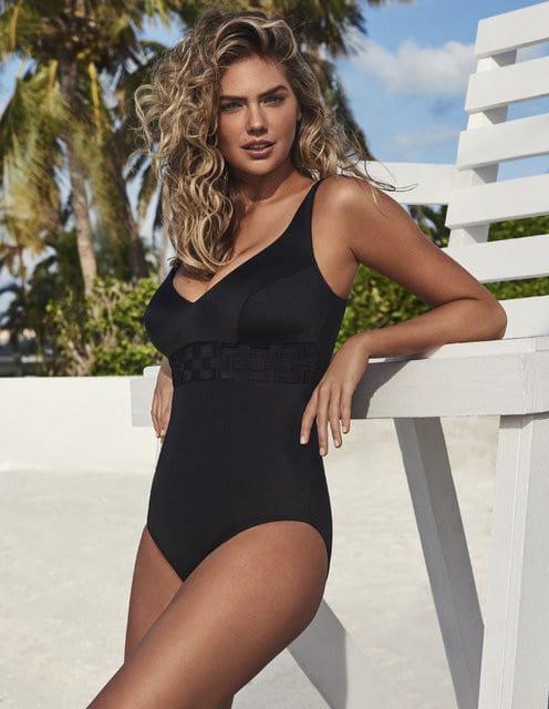 Kate looking gorgeousin Miami