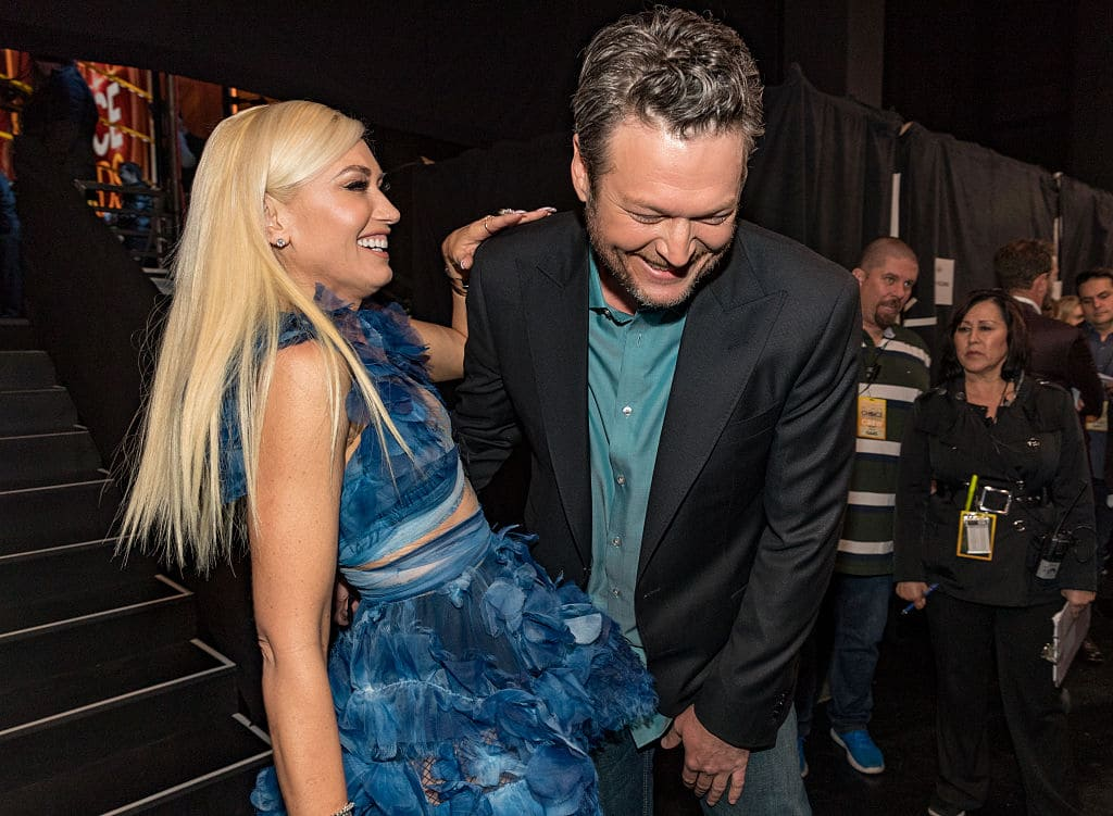 Recording artist/TV personality Gwen Stefani (L) and recording artist/TV personality Blake Shelton, winner of the Favorite Album award for 'If I'm Honest' and Favorite Male Country Artist award attend the People's Choice Awards 2017 at Microsoft Theater on January 18, 2017 in Los Angeles, California. (Photo by Christopher Polk/Getty Images for People's Choice Awards)