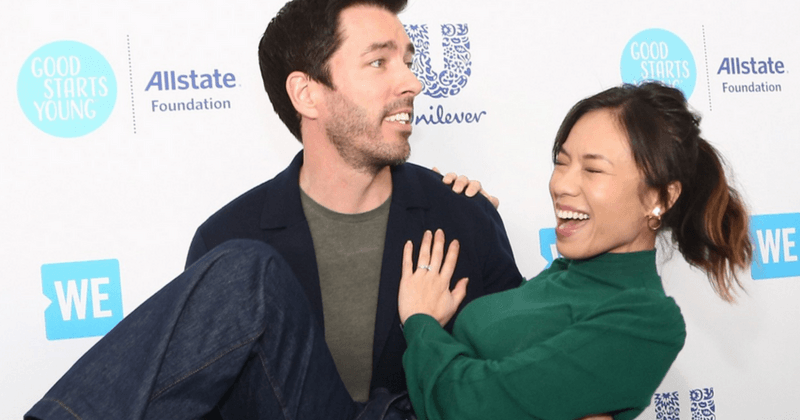 Property Brothers Wedding.Property Brothers Star Drew Scott Marries Linda Phan In An Italian