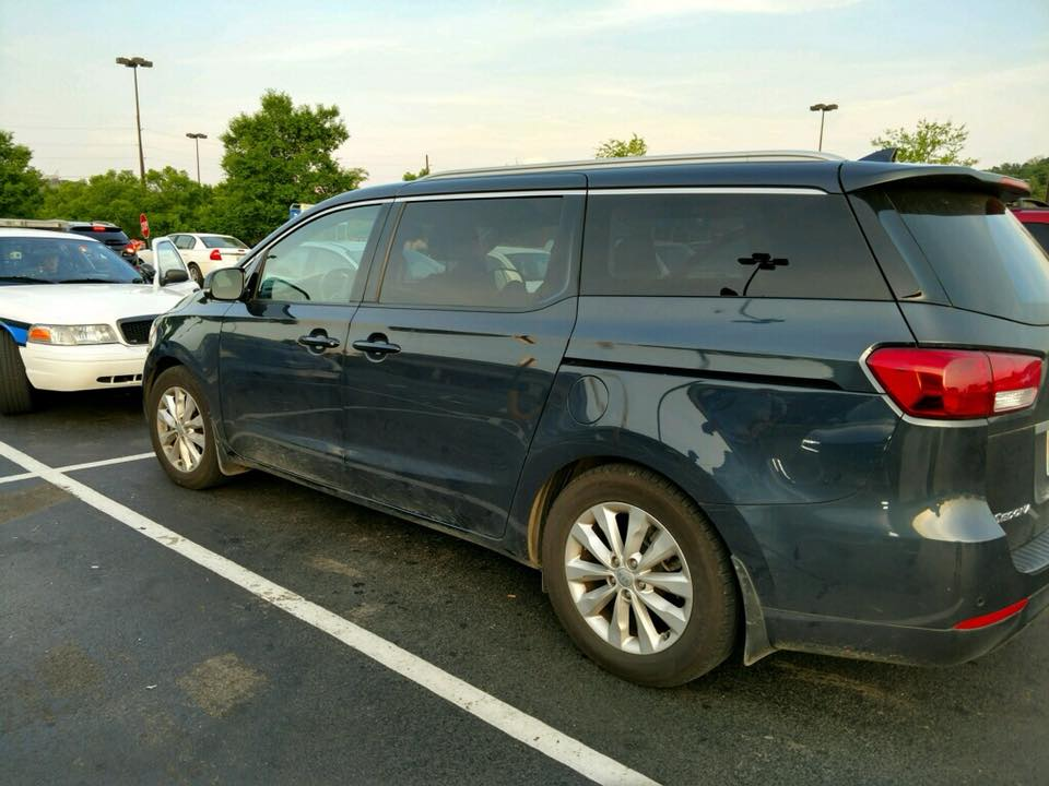 The minivan in which the toddler was stuck. (Knoxville Police Department)