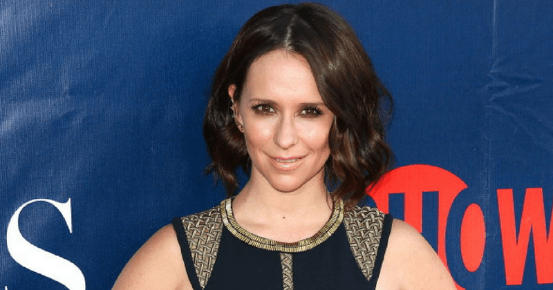 Jennifer Love Hewitt joins Fox's '911' as an emergency operator in the drama's upcoming second season