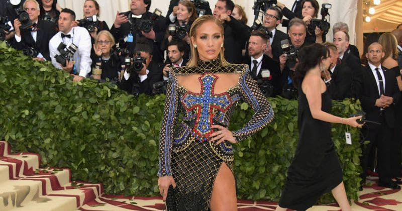 "Jennifer Lopez was asked to ""lose a few pounds"" to get rid of her curves"