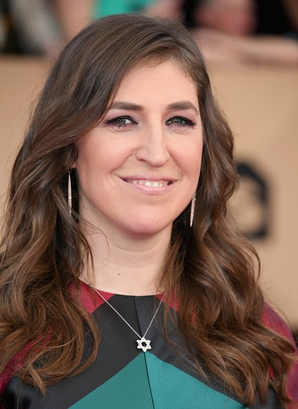 Actress Mayim Bialik poses for the camera (Getty)