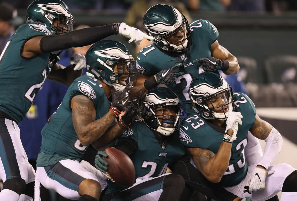 Corey Graham #24 of the Philadelphia Eagles is congratulated by his teammates after getting an interception during the fourth quarter against the Minnesota Vikings in the NFC Championship game at Lincoln Financial Field on January 21, 2018 in Philadelphia, Pennsylvania. (Getty Images)