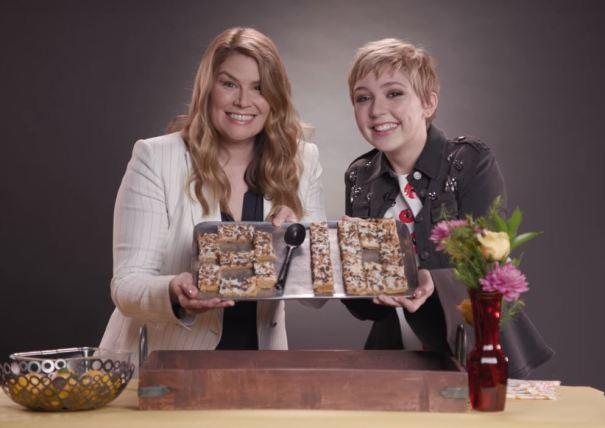 Heidi Blickenstaff (izquierda) y Cozi Zuehlsdorff (Twitter)