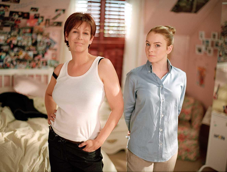 Jamie Lee Curtis y Lindsay Lohan en Freaky Friday de 2003 (IMDb)