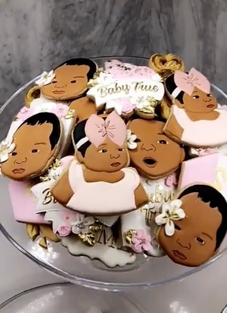Khloe shares video of True faced cookies (Twitter)