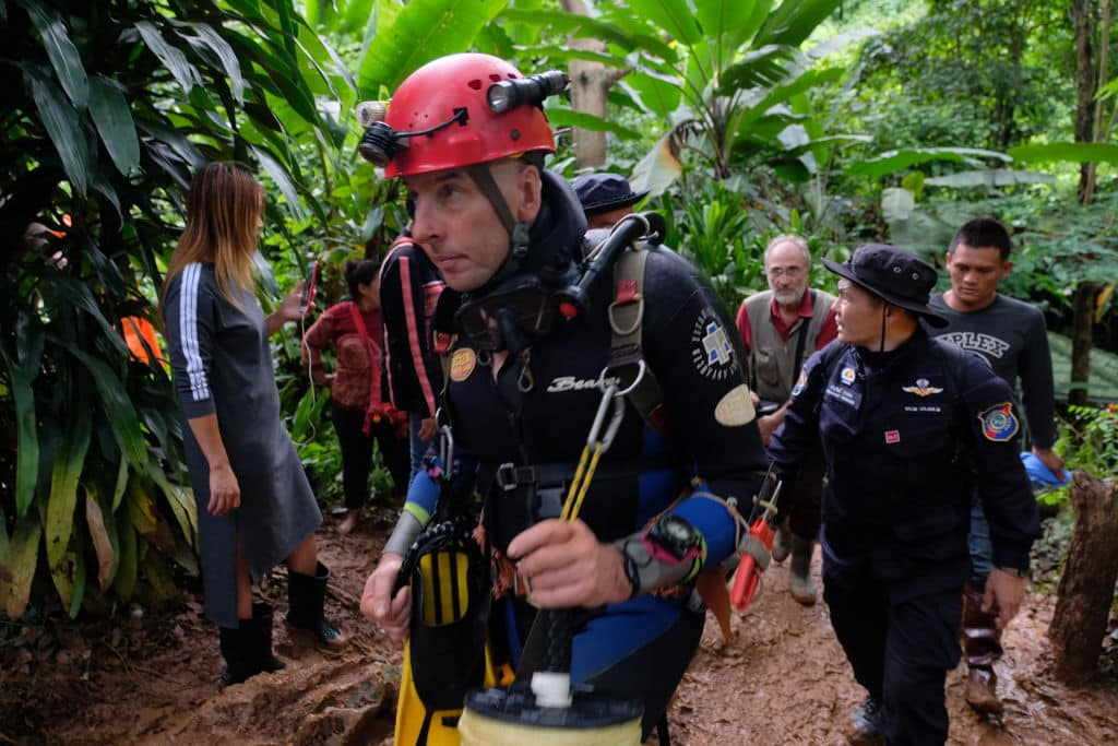 British cave-diver Richard William Stanton walks out from Tham Luang Nang Non cave in full kit without any response to reporter's questions on June 28, 2018 in Chiang Rai, Thailand. (Getty Images)