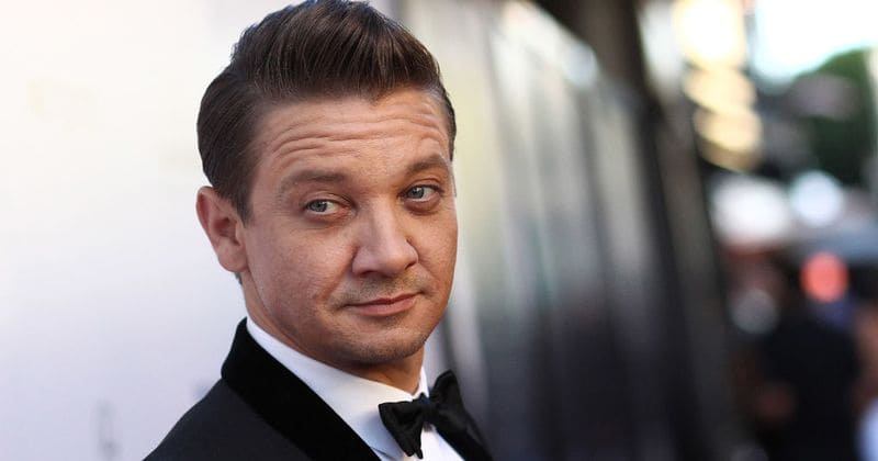 Jeremy Renner confirmed alongside Jamie Foxx for Todd McFarlane directorial debut 'Spawn'