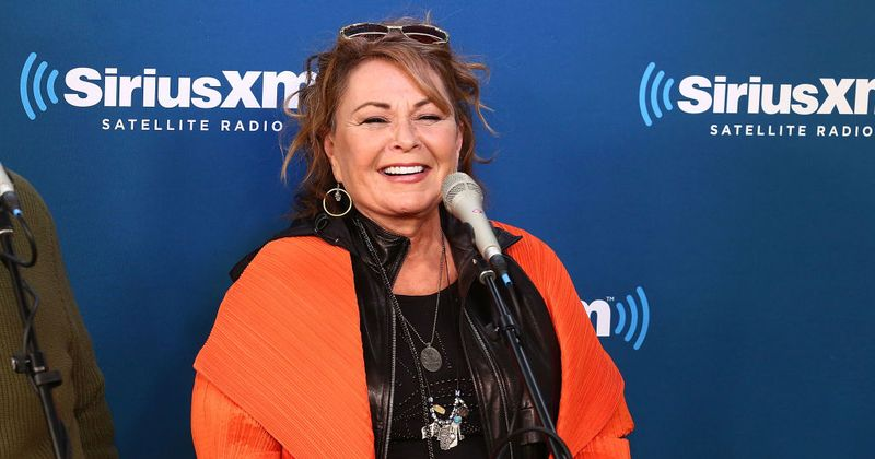 Roseanne Barr latest diss about Valerie Jarrett: 'I thought the b***h was white!'