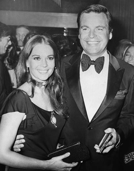Actors and spouses Natalie Wood and Robert Wagner, arriving at the premiere of the film 'The Godfather', London, August 24th 1972. (Photo by Central Press/Hulton Archive/Getty Images)
