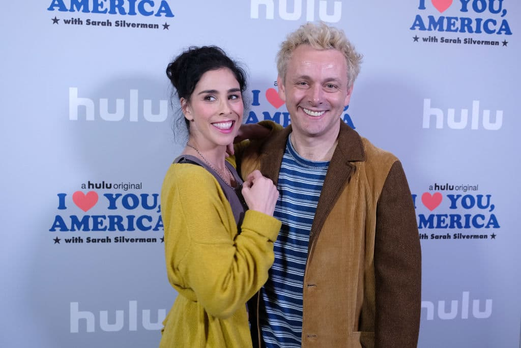 Sarah and Michael Sheen at a photo op in 2017 for Hulu's 'I love you America' (Getty Images)