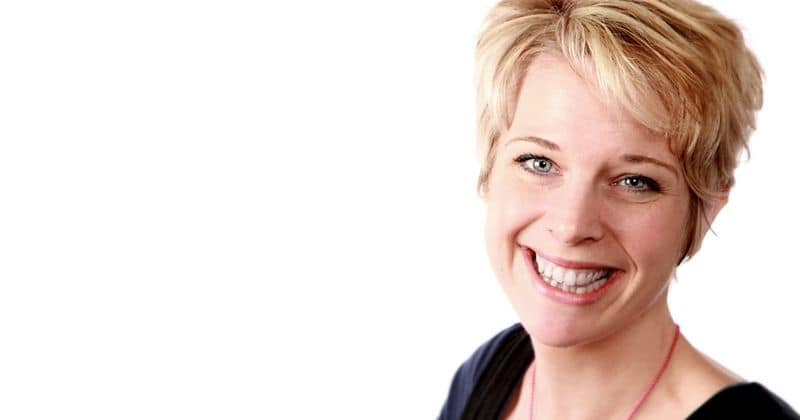 Vicki Archer dies at age 41: Radio Shropshire presenter tweeted she was home alone a day before mysterious death