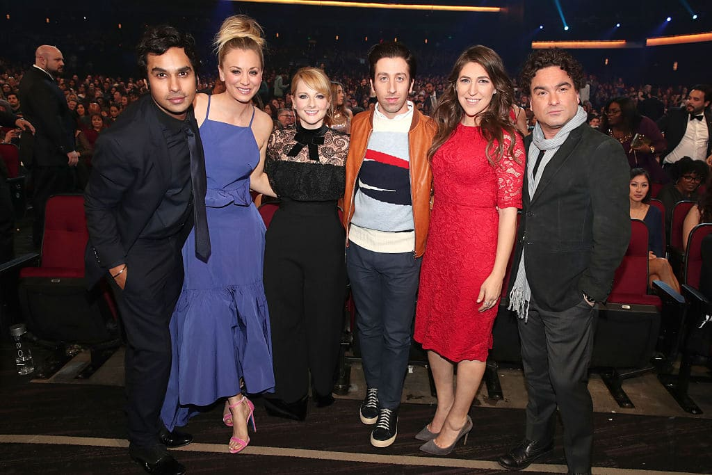 The Big Bang Theory cast members, Kunal Nayyar, Kaley Cuoco, Melissa Rauch, Simon Helberg, Mayim Bialik, and Johnny Galecki attend the People's Choice Awards 2017 at Microsoft Theater on January 18, 2017 in Los Angeles, California. (Photo by Christopher Polk/Getty Images for People's Choice Awards)