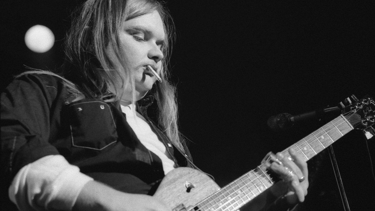 Ed King, ex guitarist of Strawberry Alarm Clock and Lynyrd Skynyrd, gave us the unforgettable opening riff to 'Sweet Home Alabama'. (Image Source: Twitter)