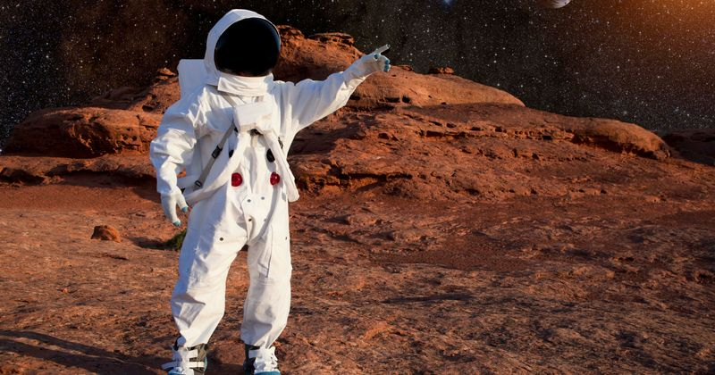 Red wine compound Resveratrol could help preserve muscles during nine-month Mars flight that can otherwise affect human body