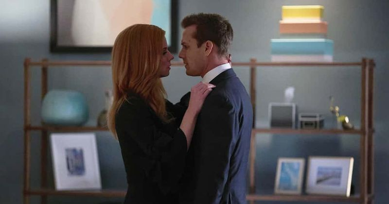 suits season 9 episode 3 preview how will donna and harvey s relationship pan out with the firm in dire straits meaww suits season 9 episode 3 preview how