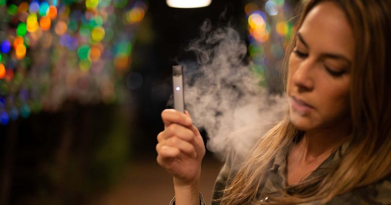 Vaping advocacy groups blame street vapes containing synthetic drugs for rise in lung illness after CDC cracks down on e-cigarettes