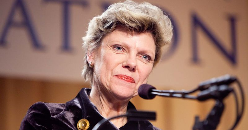Cokie Roberts, renowned political commentator and veteran journalist, dies at 75