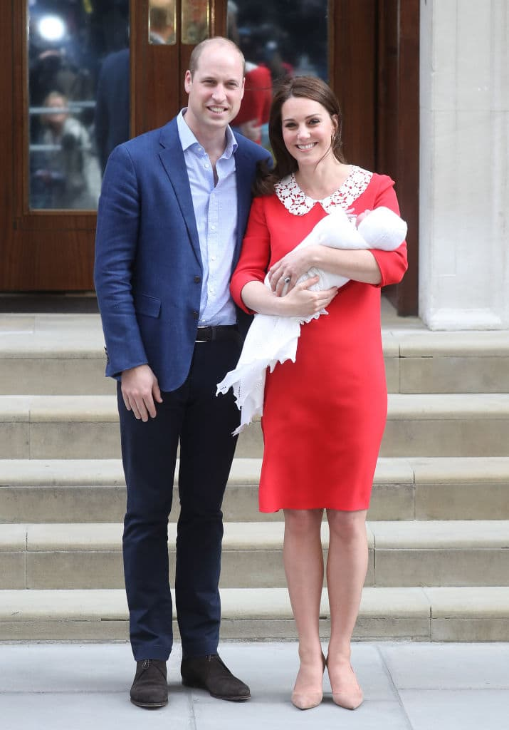 Prince William and Kate Middleton with their newborn son Prince Louis at St Mary's Hospital on April 23, 2018 in London (Photo by Chris Jackson/Getty Images)