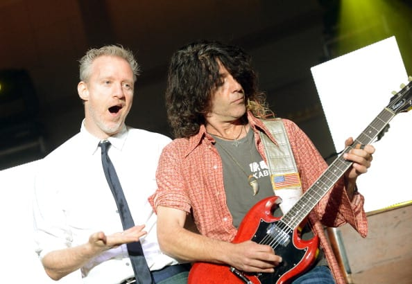 Chris Barron and Eric Schenkman of Spin Doctors perform during the Paradigm Party at IEBA Conference Day 1 at the War Memorial Auditorium on October 7, 2012, in Nashville, Tennessee. (Getty Images)
