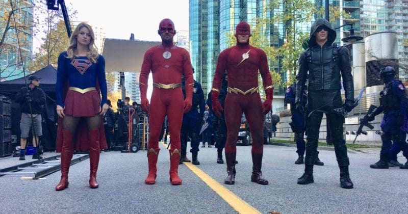 Latest pictures from 'Elseworlds' crossover suggest a fight