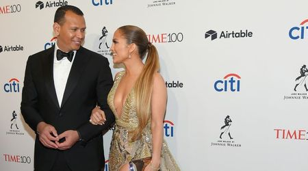 "Alex Rodriguez plays a prank on woman who said he looked like ""the guys J.Lo's dating"""