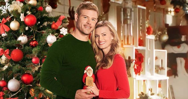 Will It Snow For Christmas Cast.Nostalgic Christmas On Hallmark Release Date Plot Cast