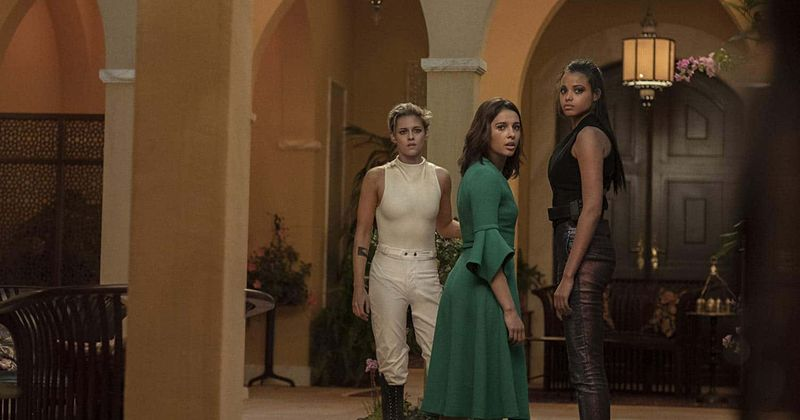 'Charlie's Angels' reboot bombs at the Box Office: Elizabeth Banks blames 'sexism', fans blame 'bad movie'
