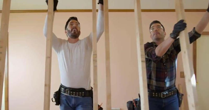 'Property Brothers: Forever Home' Season 2 Episode 12: Fans love how the Scott Brothers played with an open layout floor plan