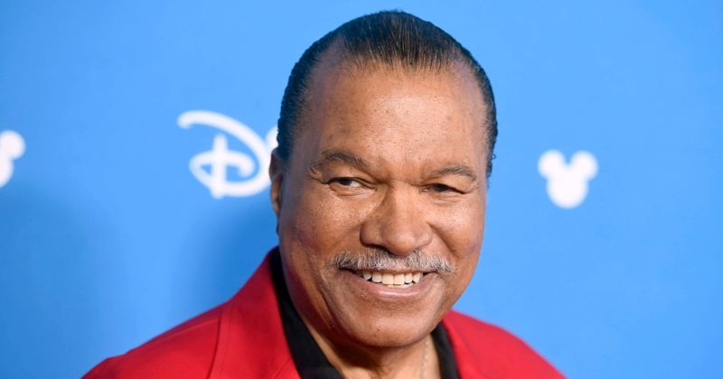 Star Wars Actor Billy Dee Williams Shares New Behind The Scenes Photos With Cast Of The Rise Of Skywalker Meaww