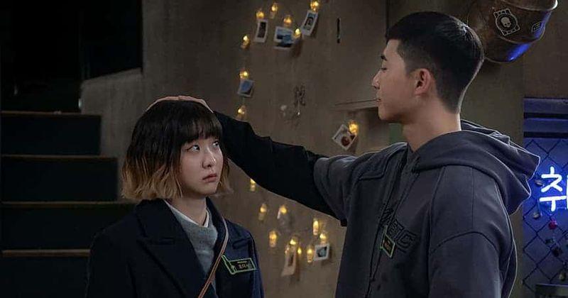 Itaewon Class' Episode 9: Yi-seo tells Sae-ro-yi she'll quit DanBam if he  dates Soo-ah after offer from Jang   MEAWW