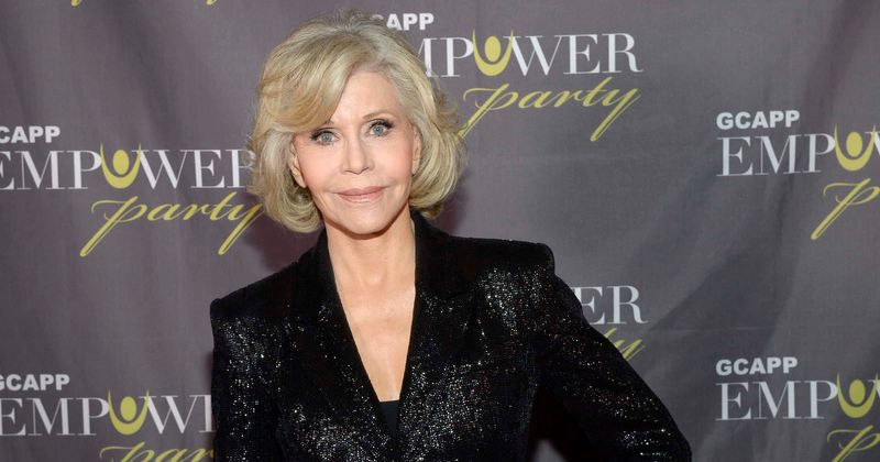Jane Fonda dresses as Black Panther Party member to speak on white privilege, fans thank her for standing up