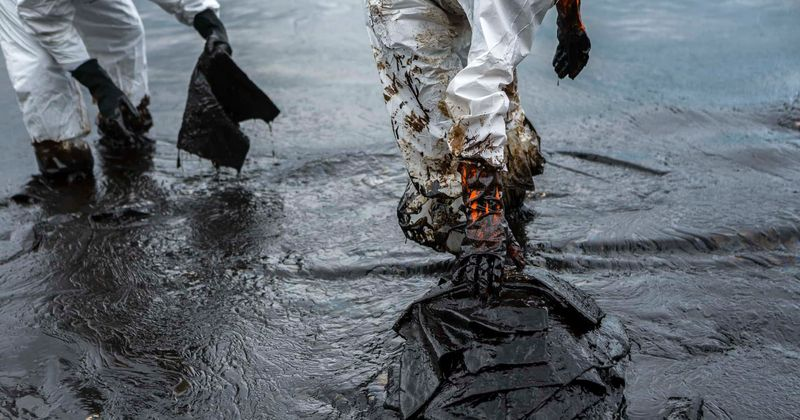 20,000 tonnes of oil spills into Arctic river, experts warn recovery could take years