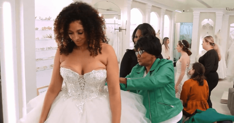 'Say Yes To The Dress': Jocelyn tries on a ball gown and her mom says she looks like an 'open can of biscuits'