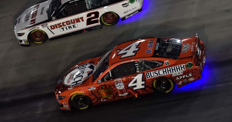 NASCAR All-Star Race: Is Kevin Harvick's No 4 Busch Light Apple the 'best looking car'? Fans sure think so
