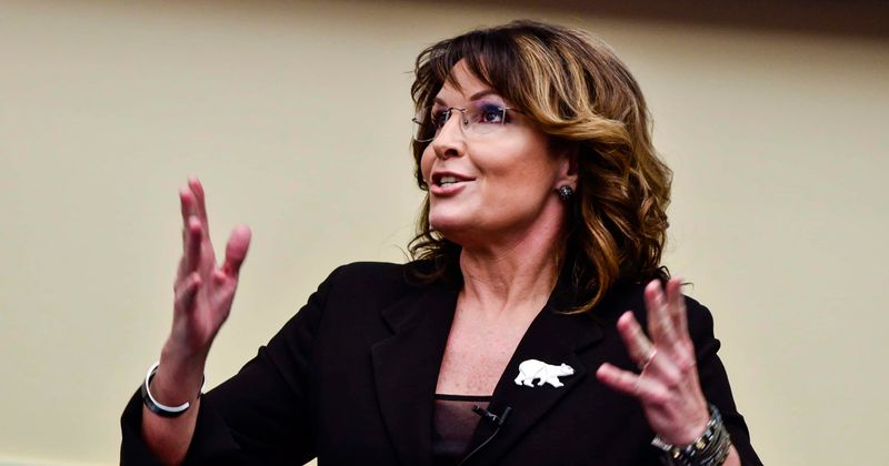 Did Dems end Sarah Palin's career with sexist attack? Internet blasts columnist's claim: 'She's a complete idiot'