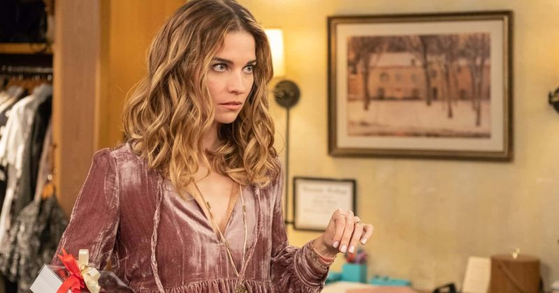 Emmys 2020: Nomination of 'Schitt's Creek' star Annie Murphy who won both fans and critics is long overdue